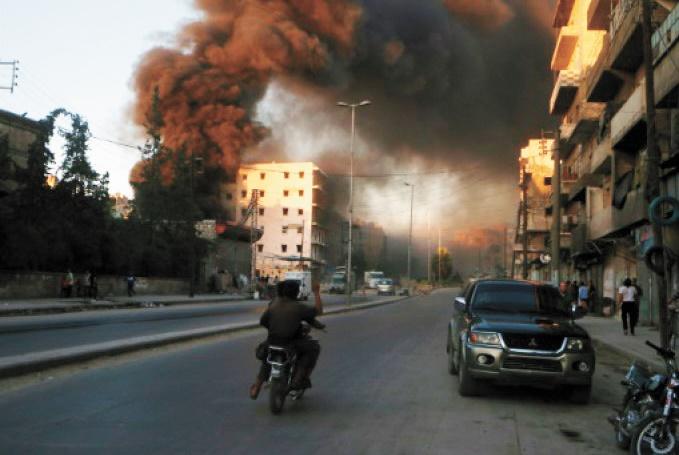Les rebelles d'Alep s'acharnent à rouvrir leur dernière route d'accès