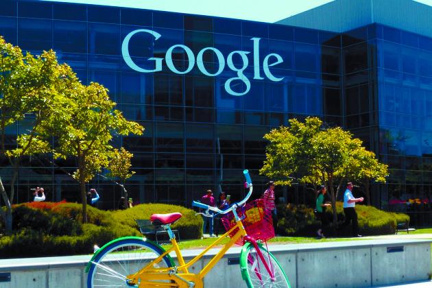 Google développerait un casque qui  mélange réalités virtuelle et augmentée