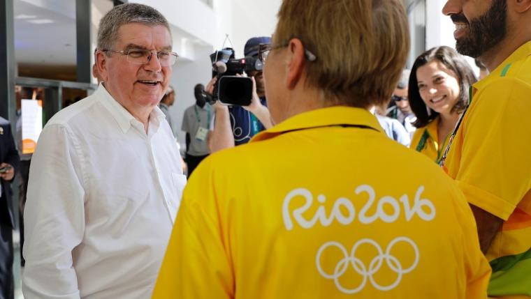 Les dignitaires du CIO  face à la poudrière russe