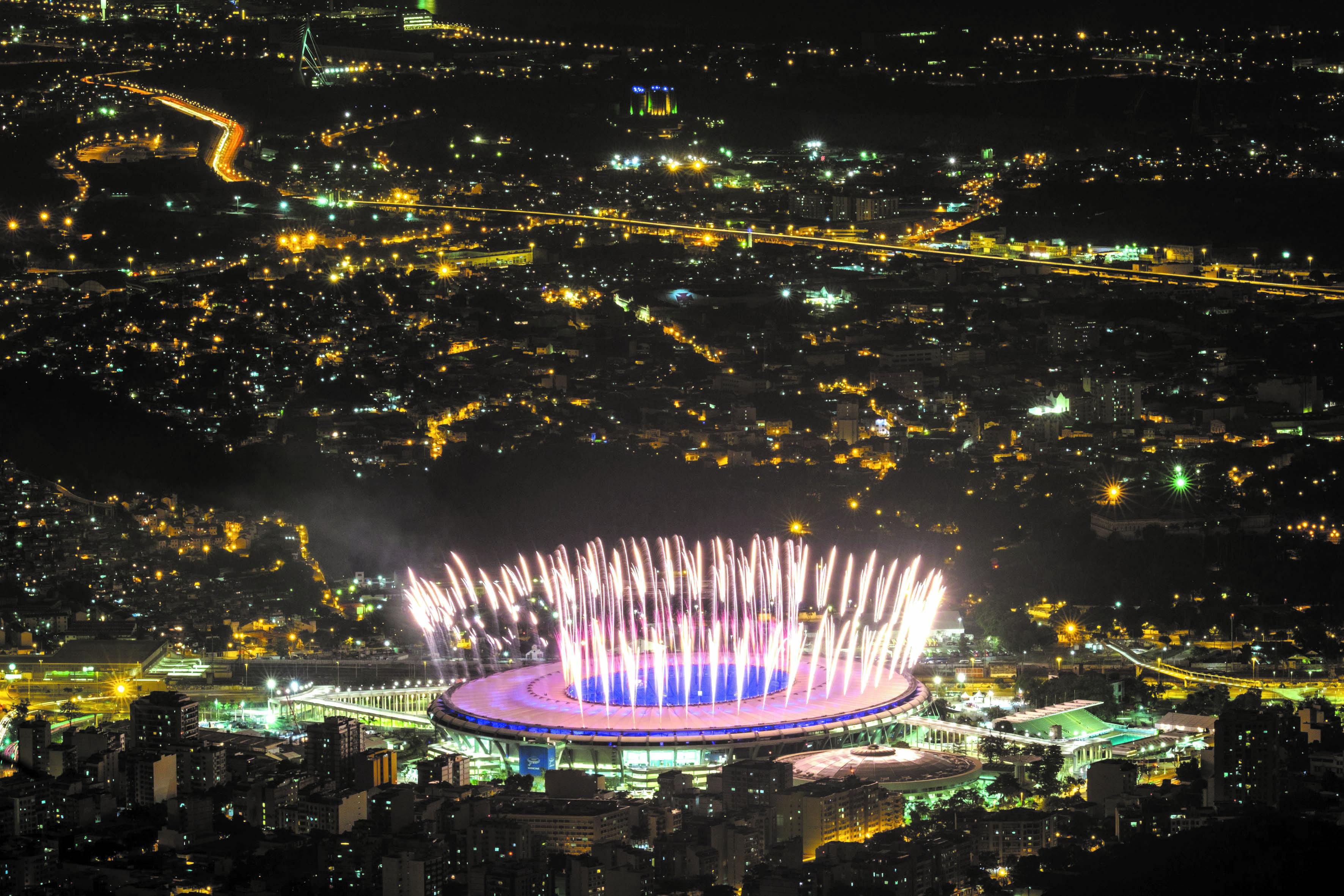 Rio promet la plus grande fête jamais organisée au Brésil  Le légendaire Maracana transformé le temps d'une soirée en ''sambodrome'' lors de la cérémonie d'ouverture des JO-2016