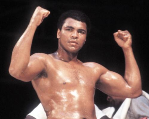 Bio des stars : Cassius Clay devient Mohamed Ali