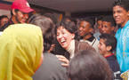 La corruption investit les planches : Au théâtre, les scènes de vie de citoyens rackettés