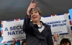 Partisans et adversaires du Brexit pour le départ de May