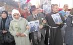 Marche pacifique et rituel religieux à Imlil