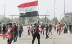"""En Irak, la jeunesse prend la rue pour réclamer """"la chute du régime"""""""