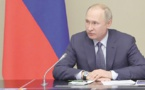 Poutine dépose ses propositions d'amendements à la Constitution