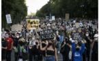 En Allemagne, des milliers de manifestants demandent à l'UE de prendre en charge les réfugiés