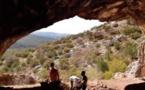 Découverte d'éléments de parure à la grotte de Bizmoune