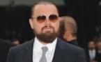 Leonardo DiCaprio et Paris Hilton se battent pour un sac à main