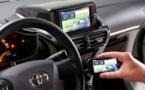 Des géants de l'automobile veulent connecter voiture et smartphone