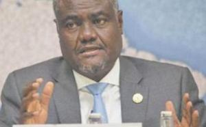 Sécurité sanitaire : La solidarité agissante de S.M le Roi envers les pays africains hautement saluée par le Président de la Commission de l'UA