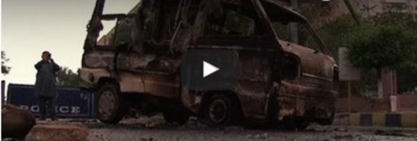 Pakistan: des manifestants attaquent une télévision privée