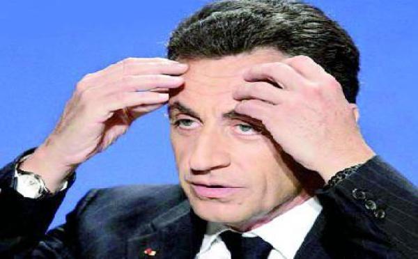 Après la sévère défaite de Après la défaite, Sarkozy remanie son équipe :  Les Chiraquiens et les Villepinistes entrent au gouvernement