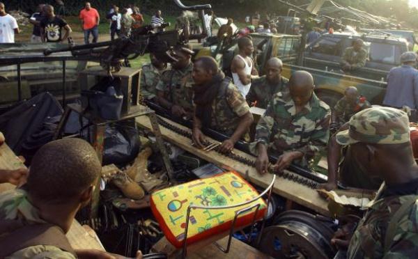 Côte d'Ivoire : Gbagbo serait en négociations pour se rendre