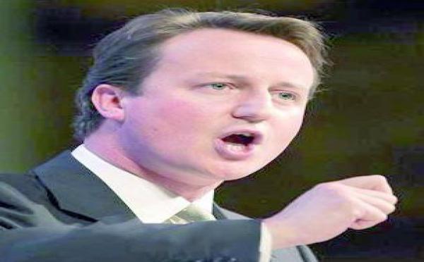 David Cameron: pas d'armée d'invasion en Libye