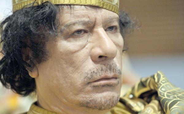 """Dans quelle """"Zanga"""" de Tripoli se cacherait-il ? """"Le Guide"""" perd le Nord et tout le reste avec"""