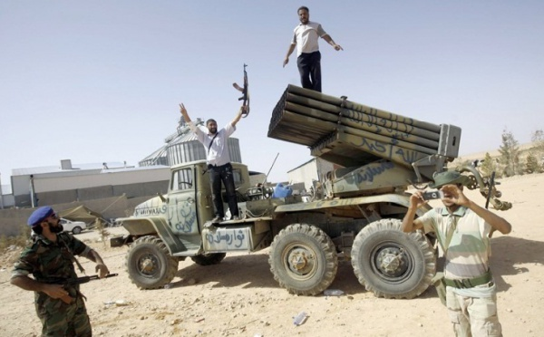 Dans un nouvel enregistrement : Mouammar Kadhafi tire ses dernières cartouches