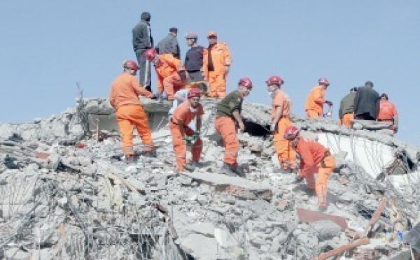 Frappée par un séisme de magnitude de 7,2 :  La Turquie compte ses morts et ses blessés