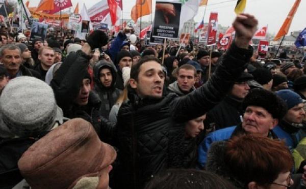 La protestation contre Poutine se poursuit : Le Printemps arabe souffle sur la  Russie
