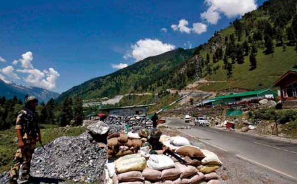 L'Inde renforce ses infrastructures à sa frontière sous tension avec la Chine