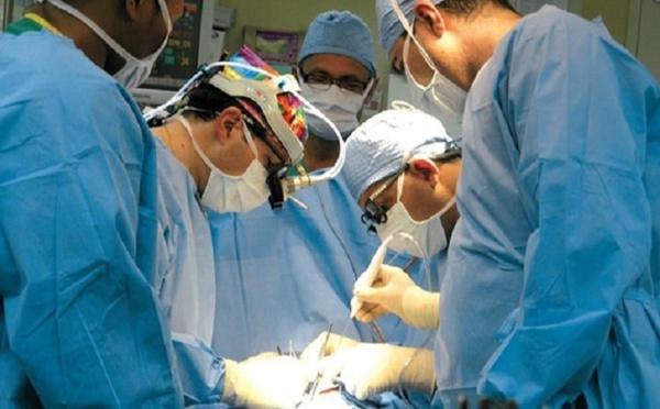 Succès de la première implantation d' une prothèse d'épaule dans la région de Béni Mellal-Khénifra