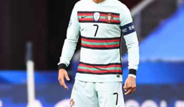 Ronaldo en quarantaine, Naples sanctionné