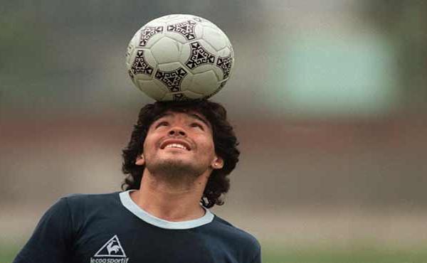 Diego Maradona Icône du football et de tous les excès