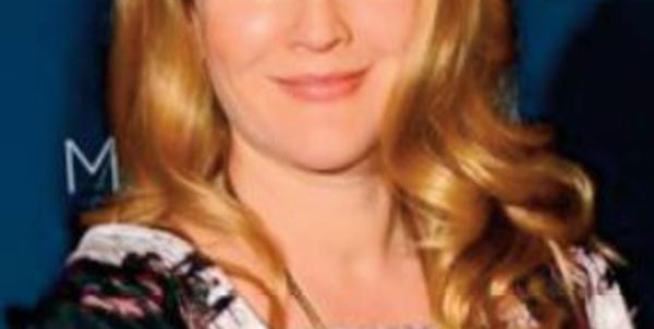 Drew Barrymore révèle où trouver ses tenues à petits prix