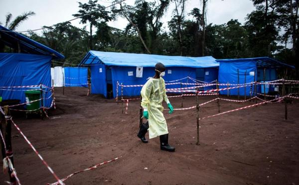 """La Guinée lance la vaccination anti-Ebola pour en finir """" en 6 semaines """""""
