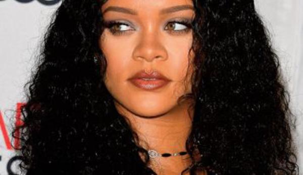 Le retour musical de Rihanna se précise