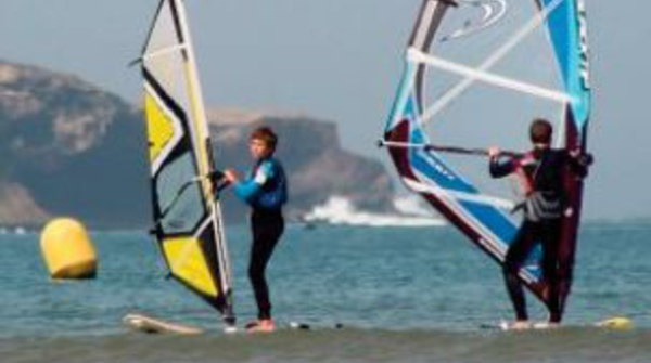 Planche à voile et kitesurf
