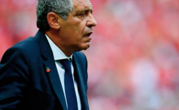 """Fernando Santos, """"père de la victoire"""" du Portugal"""