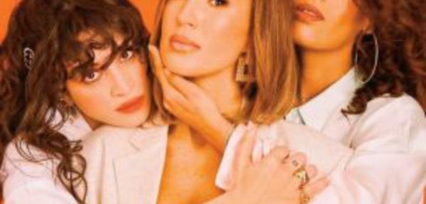 Rien ne va plus entre Amel Bent et ses copines Vitaa et Camélia Jordana