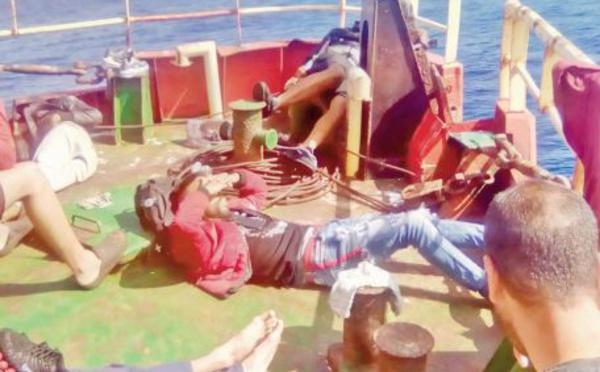 Sauvés in extremis: Une quarantaine de jeunes Marocains repêchés au large par un bateau de pêche industrielle