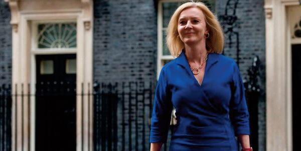 Liz Truss, une conservatrice convertie à la tête de la diplomatie britannique