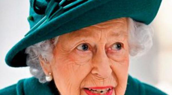 "Elizabeth II ""trahie par ses enfants"""
