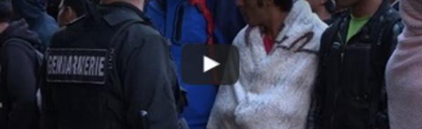 Evacuation d'un campement de migrants à Paris