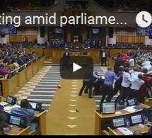 Afrique du Sud : Protestations au parlement contre Jacob Zuma