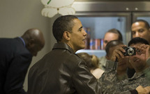 Obama effectue une visite-surprise en Afghanistan