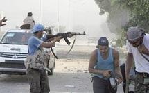 Au lendemain de la chute du régime : Traqué à Tripoli, Kadhafi échappe toujours aux insurgés