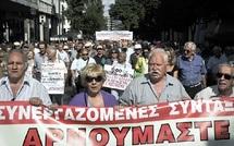 Les fonctionnaires grecs montent au créneau : De nouvelles manifestations à Athènes