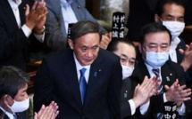 Yoshihide Suga, le choix de l' expérience et de la continuité pour succéder à Shinzo Abe