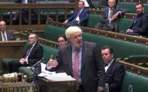 Boris Johnson échappe à une fronde dans son camp