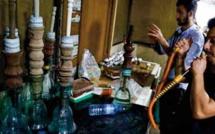 Dans le sud irakien, le narguilé, c'est l' affaire des ébénistes