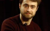 """Daniel Radcliffe avoue être """" gêné"""" par sa prestation dans les premiers volets d'Harry Potter"""
