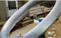 Pluie de débris d' un avion en difficulté sur la ville de Denver