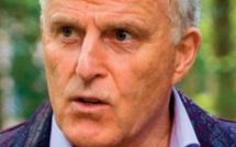 Touché par balles, le journaliste néerlandais Peter Rudolf de Vries est décédé