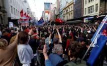 Manifestations anti-restrictions de l'Europe à l'Australie