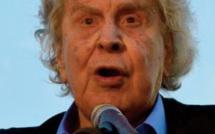 Décès du compositeur grec MikisTheodorakis, symbole de la résistance à travers les époques
