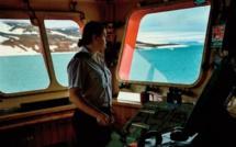 Sur un brise-glace nucléaire russe, un équipage masculin aux ordres de Diana Kidji